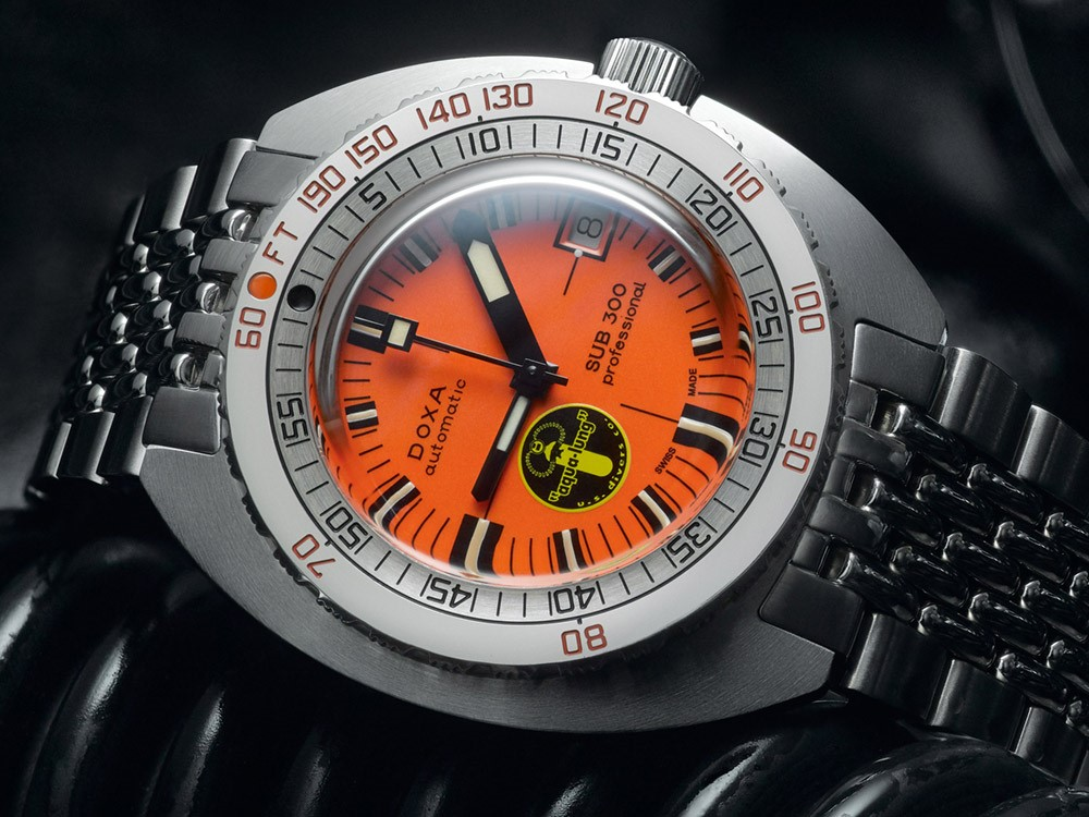 DOXA SUB 300 Black Lung Re-Issue Dive