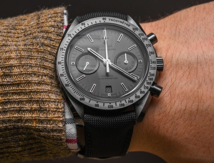 Đồng hồ Speedmaster Dark Side of the Moon